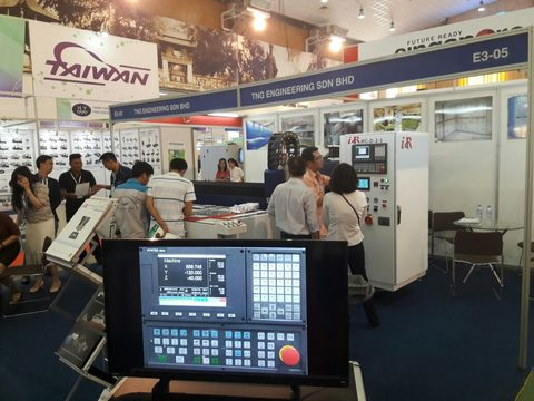 Engineering exhibition comes to Ha Noi